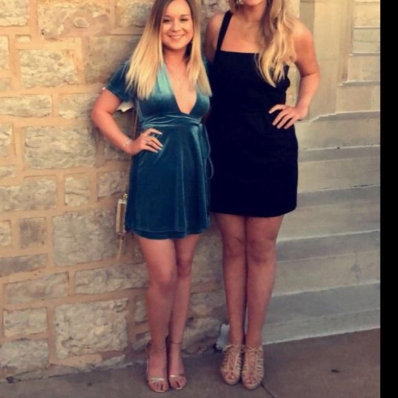 Billabong Dresses & Skirts - Teal blue velvet wrap dress